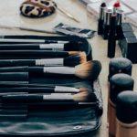 Kosmetik und schminken bei Akne